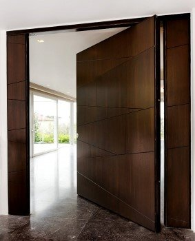 Αγορά Θωρακισμένες πόρτες ασφαλείας Ειδικές κατασκευές