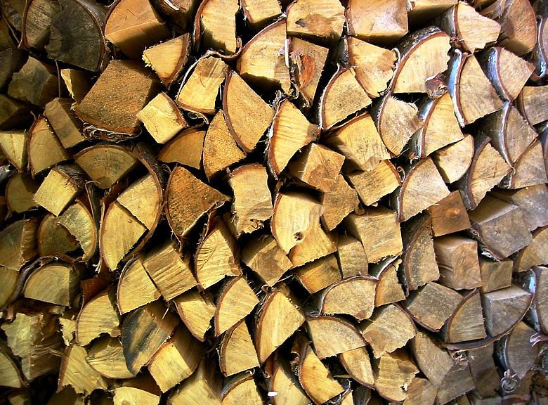 Αγορά Καυσόξυλα, δομική ξυλεία στέγης και πριστή ξυλεία