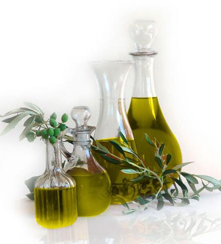Αγορά Ελαιόλαδο έξτρα παρθένο πάντοτεσε μεταλλικά δοχεία, σε γυάλινα μπουκάλια