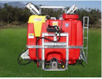 Αγορά Ψεκαστικό ''AGROTIKA'' αναρτώμενο ''GREEN''με υδραυλική ή μηχανική ράμπα