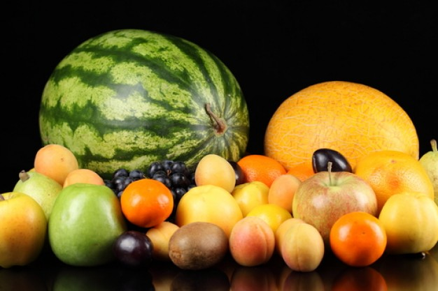 Αγορά Εξάγη πορτοκάλιων, καρπούζιων και ξερών σύκων άριστης ποιότητας