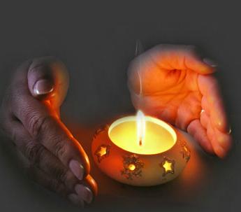 Αγορά Κεριά για σπίτι και κεριά για κηροπήγεια