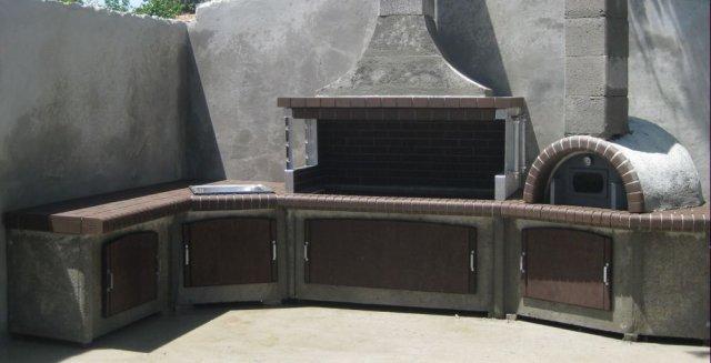 Ψησταρια κηπου SterCamin (bbq - барбекю ). Ψησταρια, φουρνος με ξυλα, παγκος εργασιας , νεροχυτης και βρυση