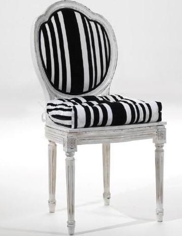 Αγορά Ξύλινη καρέκλα σε λευκό φινίρισμα τύπου Τοσκάνης. Διατίθεται σε διάφορα φινιρίσματα.