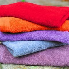 Πετσέτα μονόχρωμη με πλισέ φάσα 100 cotton
