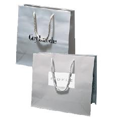 Χάρτινη τσάντα, με κορδόν