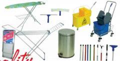 Απλωστρες, σιδερωστρες, κονταρια, κουβαδες
