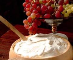 Γιαούρτι από φρέσκο, παστεριωμένο γάλα χωρίς τη χρήση συντηρητικών