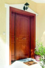 Θωρακισμένες πόρτες από χάλυβα