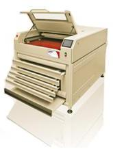 Mηχανημάτα επεξεργασίας φωτοπολυμερικών πλακών