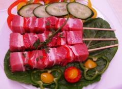 Σουβλάκι από φρέσκο εκλεκτό χοιρινό κρέας