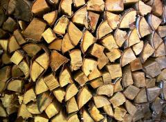 Καυσόξυλα, δομική ξυλεία στέγης  και πριστή ξυλεία