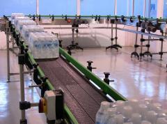 Μεταφορική ταινία με ερπύστρια για πολυσυσκευασίες και PET φιάλη, γυάλινη φιάλη, χαρτοκιβώτιο, πλαστικό κιβώτιο, πολυσυσκευασία με επικάλυμμα PVC.