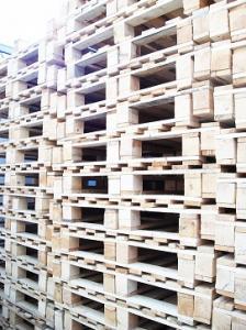 Παλέτες 100 x 120 ελαφριού τύπου