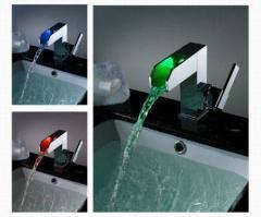 Μπαταρία νιπτήρα με ενσωματωμένο RGB LED φωτισμό