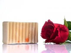 Σαπούνι ελαιόλαδου με άρωμα τριαντάφυλλο