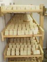 Σαπούνι ελαιόλαδου με αιθέριο έλαιο σπαθόχορτου