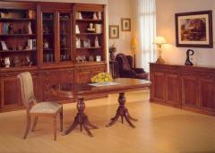 Τραπεζαρία του ισπανικού οίκου Genoveva με τραπέζι