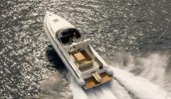 Πολυτελές cruiser ή ένα φουσκωτό BOLTON 330