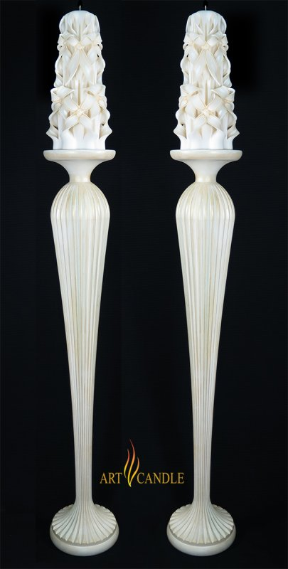 curved_candle_pertekhna_skhdhia_kheiropoiton