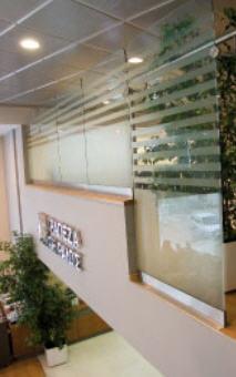 Παραγγελία Κατασκευή τραπεζών και ξενοδοχειακών μονάδων