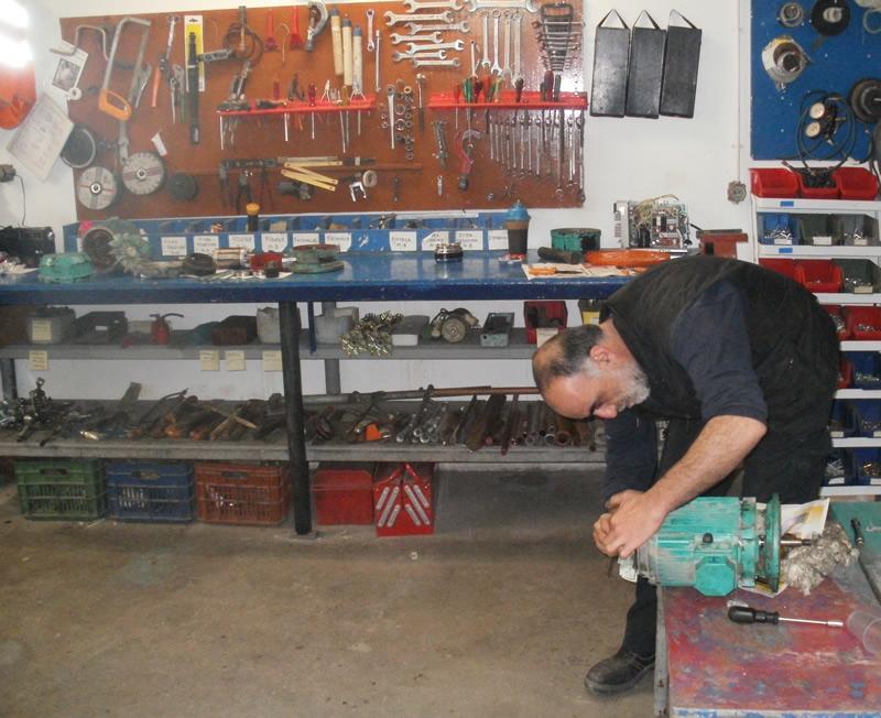 Παραγγελία Επισκευές ημικεντρικών και κεντρικών συγκροτημάτων κλιματισμού