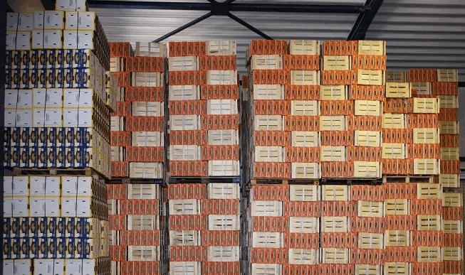 Συσκευασία φρούτων από παραγωγό