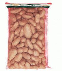 Συσκευασία πατατών σε κόκκινο ή ροζ χρωματισμό