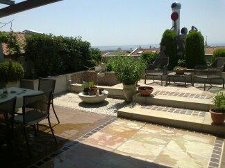 roof_garden_kalamaria